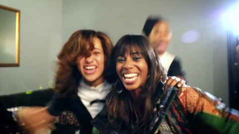 santigold-girls-video1-600x337