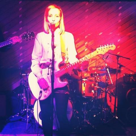 Shannon Wardrop-Promo